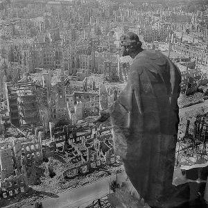 Dresden statue